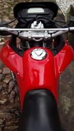 Vende-se Honda XRE 300 ou troca em moto de menor valor