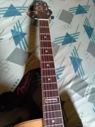 Vendo violão super conservado