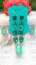 Kit Colar + Pingente + Brincos com 7 Pedras Zirconias Ródio Verde Branco Semijoia