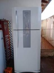 Geladeira Electrolux Frost Free Infinity Branca
