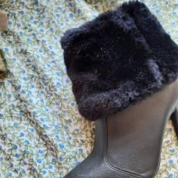 Vendo bota vizzano nova nunca usada