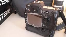 Nikon D300S com grip, carregador e bateria