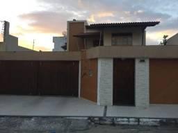 Linda casa,ampla, com 4/4 sendo 3 suítes no bairro Jardim Vitória. Pode ser financiada