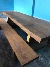 Mesa rústica madeira bruta angelim