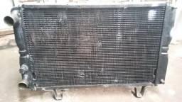 Radiador de água da Peugeot 504