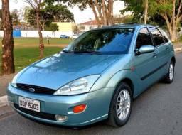 Ford Focus Guia - 2001