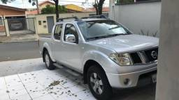 Nissan Frontier 2.5 LE 4X4 CD Turbo AT - 2010