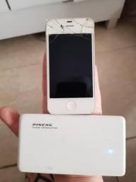 Iphone 4 + carregador portátil