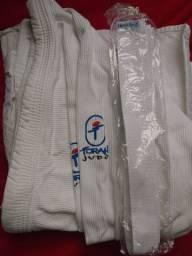 Kimono reforçado Torah Tamanho A3 (entrego na estação de trem de engenheiro pedreira )