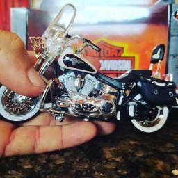 Miniatura Harley Deividson feito em metal