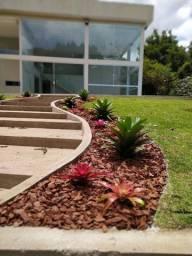 Casa em Aldeia - com 5 suites - 400m de jardim - casa nova !