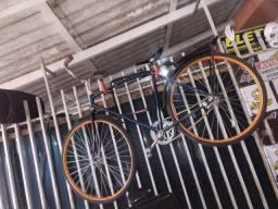 Bike antiga semi nova