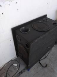 Caixa de som com suporte e módulo embutido