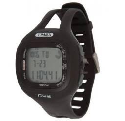 Relógio Timex com GPS para corrida