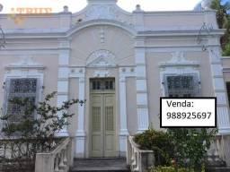 Casa com 1.000 m² ótima localização