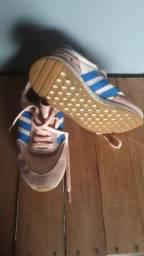 Sapatos 40 Reais