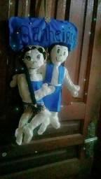 Artesanatos bonecos porta banheiro