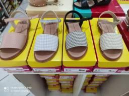 Lindas sandálias moleca coleção nova