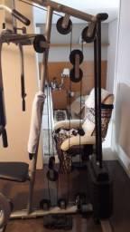 Estação de musculação novo