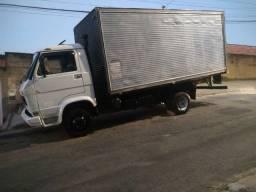 Vendo troco em 11 13 o outro caminhão
