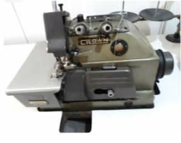 Maquina de costura interloque.