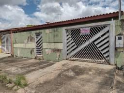 Casa 3 dormitórios sendo 1 suíte à venda - Bairro Cohab ,Zona Sul
