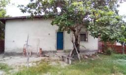 Casa ampla com terreno 12x33