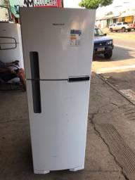Geladeira Brastemp 374 litros frost free sem uso leia o anúncio