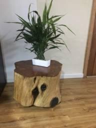 Mesa rústica tronco