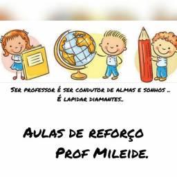 Aulas de Reforço escolar *)