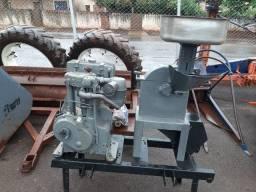 Picador tocado no motor Diesel Agrale