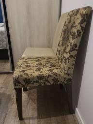 Doa-se 4 cadeiras