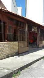 Vendo Ponto Comercial no Bairro Montese, Fortaleza - Ceará, 206m2