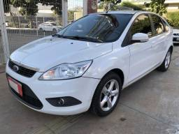 Ford Focus Hatch Completo 2.0 Flex Automático 4 Portas Branco 2013 - 2013