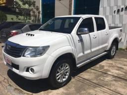 "Hilux CD SRV 2014/2015 a diesel 4x4 automática rodas 17"" oferta do dia ! - 2015"