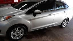 New Fiesta Sedan Automático prata - 2014