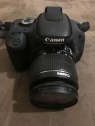 Câmera CANON T3i - Nova
