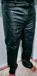 Calça em couro legítimo pra motociclista Nova!