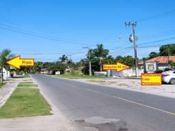 Esquina residencial 300m² Itapoá, com escritura registrada e pouca vegetação no lote