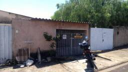 Casa com 2 dormitórios para alugar, 70 m² por R$ 880,00/mês - Jardim Nossa Senhora de Fáti