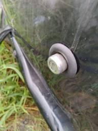 Cilindro da tampa traseira Renault Sandero 2010