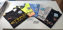 Camisas dos clubes brasileiros, europeus e seleções.