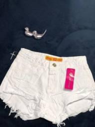 Belíssimos shorts femininos em promoção.