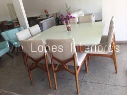 Mesa quadrada com oito cadeiras X aqui na Via Lopes Wpp *