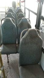 Banco de micro ônibus mais elevador para cadeirante