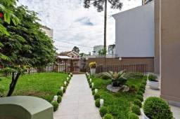 Excelente Apartamento à venda em Curitiba no coração do Batel