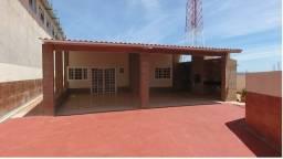 Aluguel / venda Casa com piscina em lote de 530 mtrs na arniqueiras