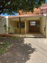 Sobrado à venda, 233 m² por R$ 420.000,00 - Jardim dos Pássaros - Maringá/PR