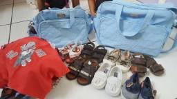 Kit de bolsa e lotes de roupinhas sapatos e sandalinhas