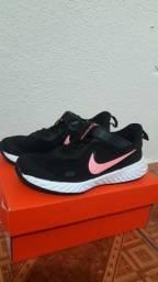 Nike revolution 5 novo na caixa